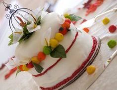 Fall-inspired cake perfect for a dinner gathering! -- fall harvest & Thanksgiving, Craftster.org