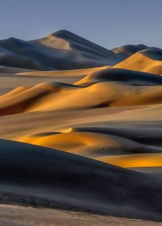 body dunes by Dionys Moser
