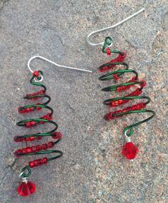 wire wrapped christmas tree earrings www.etsy.com/shop/scissorsandpearls