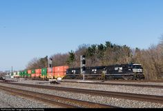 RailPictures.Net Photo: NS 6981 Norfolk Southern EMD SD60E at Berea, Ohio by Rich Kaminsky