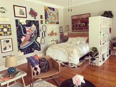 Art Filled Apartment in a House Photos | Apartment Therapy Pink Accent Walls, E Room, Dorm Room, Bedroom Nook, Bedroom Photos, Bedroom Ideas, Historic Homes, My Dream Home, Room Inspiration