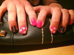 Pink rózsás fekete csillámmal