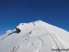 Carte 25 000 IGN 3532 OT Beaufortain-Moûtiers. La Plagne Départ de Grand Nâves 1316 m. Dénivelé 1000 m. Classé 2,1 en difficulté ski.  Ce 20 février 2014 le drapeau à damier flottait...