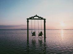 gili ocean swings
