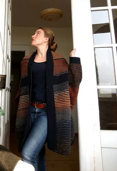 Ravelry: Project Gallery for Penguono pattern by Stephen West Knitting Stitches, Knitting Yarn, Knitting Patterns, Cardigan Pattern, Knit Cardigan, Freeform Crochet, Knit Crochet, Cold Weather Fashion, Fair Isle Knitting