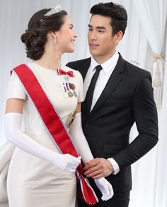 Ladies Gents, Thai Drama, Cute Couples, Happy Couples, Sweet Couple, The Crown, Gossip Girl, Traditional Dresses, Dream Wedding
