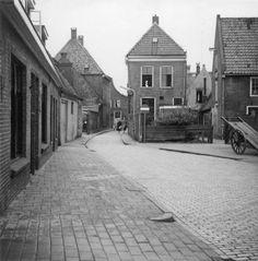 Meppel in de jaren 60: De Vledderstraat richting de Woldstraat rond 1960.