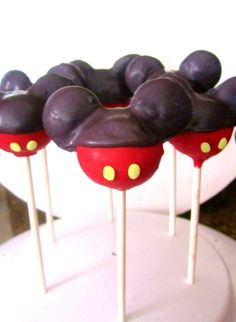 Pack Mickey cake pops for an in room celebration! Mickey Cake Pops, Minnie Mouse Cake Pops, Mickey Mouse Bday, Mickey Cakes, Mickey Birthday, Birthday Ideas, 2nd Birthday, Cotton Candy Cookies, Cream Candy