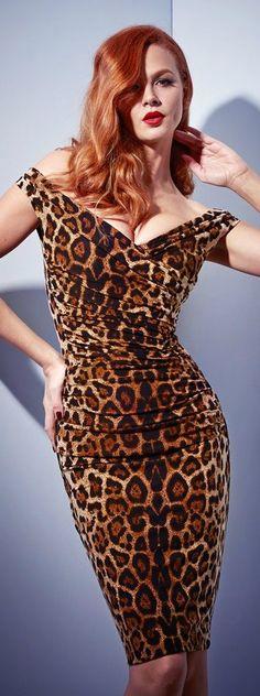 Red head in leopard print dress. Leopard Fashion, Animal Print Fashion, Fashion Prints, Animal Prints, Leopard Prints, Estilo Glamour, Belle Silhouette, Dress Up, Bodycon Dress