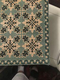 Crochet Basket Pattern, Tablecloths, Cross Stitching, Cross Stitch Patterns, Free Pattern, Diy And Crafts, Quilts, Beads, Sewing