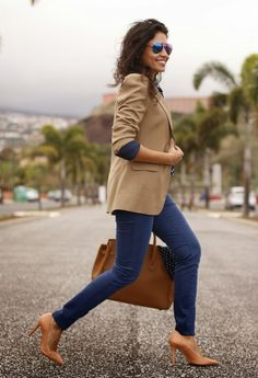25 Outfit Ideas With A Blazer - http://www.currentdecor.com/other/25-outfit-ideas-with-a-blazer/