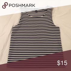 Navy striped tank Soft cotton tank that holds its shape in a style that Jackie Kennedy would have been proud of 💁🏼 only worn once- great for summer but also looks cute under a blazer. GAP Tops Tank Tops