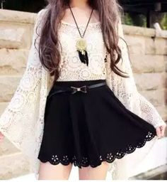 Oversize Batwing Crochet Top dont think i can pull this look off but it looks… Love Fashion, Korean Fashion, Girl Fashion, Fashion Dresses, Womens Fashion, Bohemian Fashion, Bohemian Style, Outfits For Teens, Cool Outfits