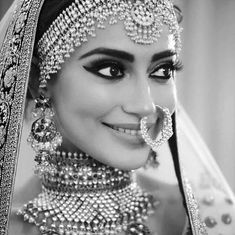 Indian bridal look Wedding Looks, Bridal Looks, Bridal Style, Indian Wedding Bride, Indian Weddings, Indian Bridal Fashion, Indian Bridal Hair, Indian Hair, Bridal Photography