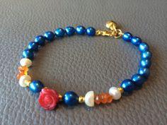 Armband met blauwe zoetwaterparels en edelstenen. door NanaPearl, €24.95