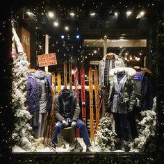 "WHO A.U,34th Street, New York, ""Skis & Ice Skates Rentals"", display by Polar Buranasatit, pinned by Ton van der Veer"