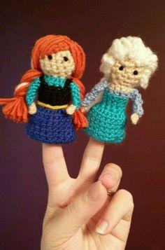 Amigurumi Elsa Y Ana : Ravelry: CROCHET Christmas Finger PUPPETS pattern by Loly ...