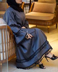 haneenalsaify utique Abaya made with love Modest Fashion Hijab, Abaya Fashion, Muslim Fashion, Dubai Fashion, Abaya Dubai, Dress Over Pants, Hijab Evening Dress, Modele Hijab, Mode Abaya