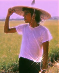 Michael Jackson Wallpaper, Michael Jackson Pics, Bad Michael, Funny Relatable Memes, Freddie Mercury, Mj, Photo Galleries, Diamonds, Bling