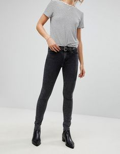 9 fantastiche immagini su Pantaloni skinny neri nel 2016