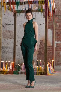 Rosie Assoulin Fall 2016 Ready-to-Wear Fashion Show  http://www.theclosetfeminist.ca/  http://www.vogue.com/fashion-shows/fall-2016-ready-to-wear/rosie-assoulin/slideshow/collection#9