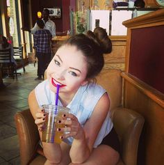 Meredith- stilababe09  shes just so perfect, shes my inspiration