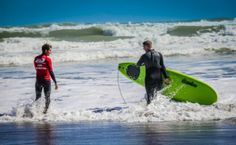 DIVERGENT TRAVELERS Favorite Photos from the North Island, New Zealand | DIVERGENT TRAVELERS #surfing