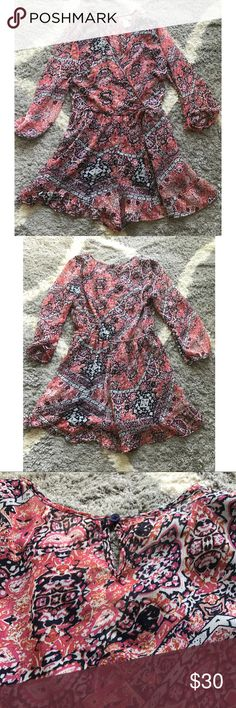 Women's cute romper Band of Gypsies Cute romper in perfect condition. Band of Gypsies Dresses