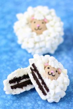 Why have we never thought of covering our Oreo cookies with tiny marshmallows before?! Get the recipe at Kitchen Fun with My Three Sons.