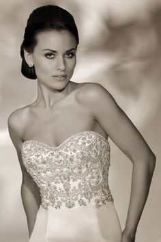 Style *12802* SOPHIA » Wedding Dresses » 2013 Collection » by Cristiano Lucci (close up)
