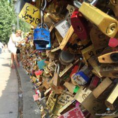 Le pont Neuf a Paris, France Paris Love, Paris France, Locks, Personalized Items, Projects, Photography, Bridge, Log Projects, Blue Prints