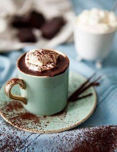 Café con helado y chocolate. Delicioso!