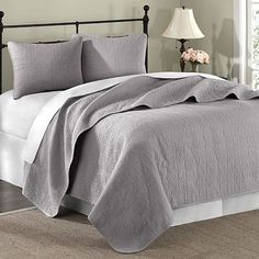 this is the one!!!  just ordered it!  Hampton Hill Summerfield Coverlet Set.  YAY! :)