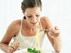 5 Pre-Race Nutrition Mistakes to Avoid | How to Fuel Up Before a Race | ACTIVE | Active.com