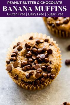 These healthy peanut butter banana muffins just take 5 minutes to prep and are made with no added sweetener. They are moist, decadent and will be loved by the whole family. Gluten free, dairy free, vegan and can be made paleo, too! Paleo Muffin Recipes, Healthy Dessert Recipes, Real Food Recipes, Snack Recipes, Healthy Desserts, Free Recipes, Vegetarian Recipes, Healthy Food, Snacks