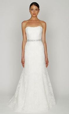 Monique Lhuillier Bliss 1208, find it on PreOwnedWeddingDresses.com