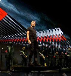 #tickets ROGER WATERS US+THEM TWO FLOOR SEATS 6/27/17 Staples Center please retweet