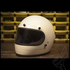 Gloss Vintage White Biltwell Gringo Full Face Helmet (DOT Approved)