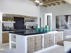 Thanks to its 57 different beaches, party atmosphere and boho chic style, Ibiza living is increasingly popular. The latest luxury property trends in Ibiza Rustic Kitchen, Kitchen Decor, Hacienda Kitchen, Walnut Kitchen, Kitchen White, Kitchen Modern, Mediterranean Kitchen, Mediterranean Style, Concrete Kitchen