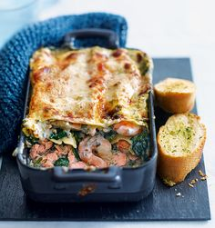 This prawn, spinach and salmon lasagne makes a nice change from the normal ragu based Italian classic and only takes 10 minutes to prep. Salmon Recipes, Fish Recipes, Seafood Recipes, Vegetarian Recipes, Healthy Recipes, Easy Cooking, Cooking Recipes, Clean Recipes