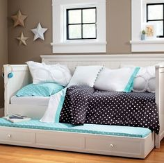 Ideas Bedroom Ideas For Teen Girls Daybed Built Ins For 2019 Teen Girl Bedrooms, Big Girl Rooms, Teen Bedroom, Bedroom Decor, Bedroom Ideas, Blue Bedroom, Girls Daybed, Daybed With Trundle, White Daybed