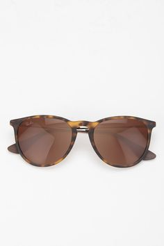 Ray-Ban Erika Sunglasses - Urban Outfitters