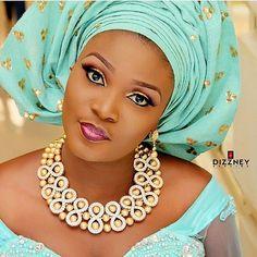 Gorg-looking bride. mua @seggyssignature photography by @dizzneystudios ; design by @houseofborah #beads #color #gele #welove #mua #traditionalbride