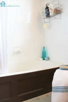 Bathtub Wood Panel Cover DIY tutorial how to make a faux wood panel cover for tub