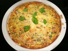 Pesto-tomaattipiiras hurmaa taatusti - kokeile helppoa ohjetta!