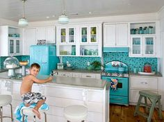 If we ever own a beach house I want this to be our kitchen, so fantastic