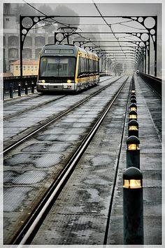 Metro on the Ponte Dom Luís I in Porto