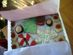 Christmas cookie wrapping