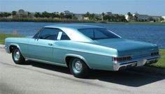 1966 CHEVROLET IMPALA 2 DOOR HARDTOP - Best Picture For Classic Cars and girls For Your Taste You are looking for something, and it is going to tell you exactly what you are looking for, and you didn' Chevrolet Impala, 66 Impala, Impala For Sale, Bmw Classic Cars, Classic Auto, Barrett Jackson Auction, Collector Cars, American Muscle Cars, Bel Air