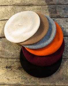 A perfect accessory for any occasion, if its work or play this is a classic must have for any wardrobe. Made from wool in the UK. Diy Fashion, Womens Fashion, Fashion Hats, Fashion Vintage, Fashion Edgy, Fashion 2018, Fashion Spring, Fashion Clothes, Fashion Accessories